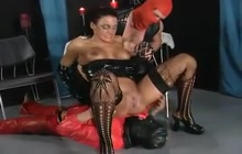 German latex sluts pissing in orgy