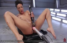 Machine makes Nikki Darling squirt